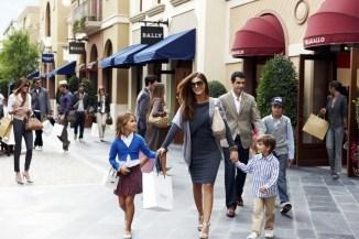 visita-tour-las-rozas-village-madrid-outlet-shopping