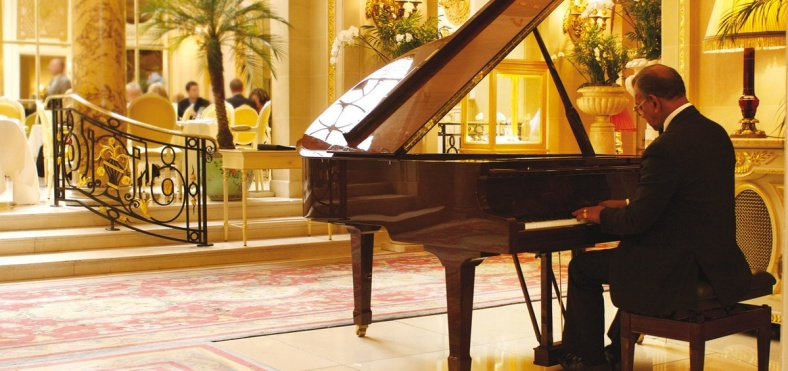 piano ritz london