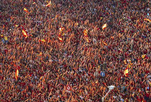 LA SELECCION CELEBRA EL TRIUNFO EN MADRID