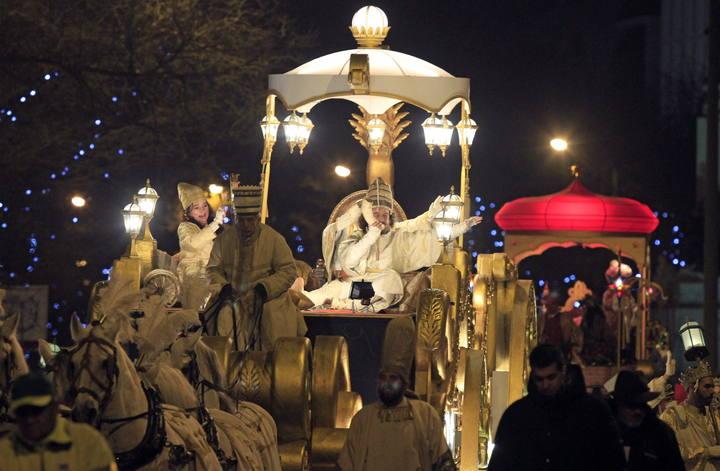 cabalgata reyes madrid 2013 carroza