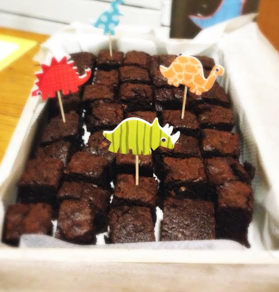 FOTO BROWNIE COOKING CLUB BY ISH CARMINA BAKER