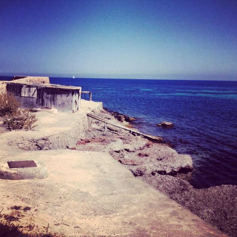 playa es cavallet la escollera ibiza 2