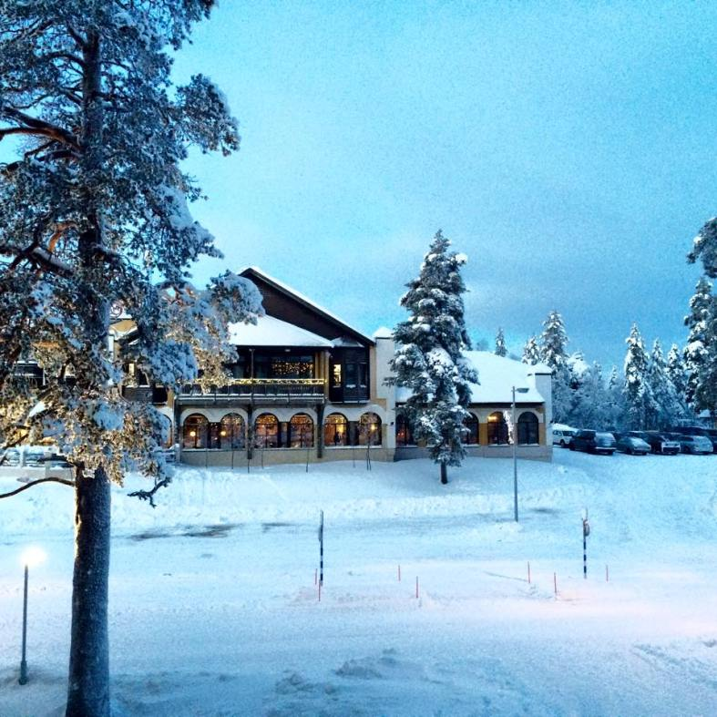 carmina baker en laponia finlandia hotel