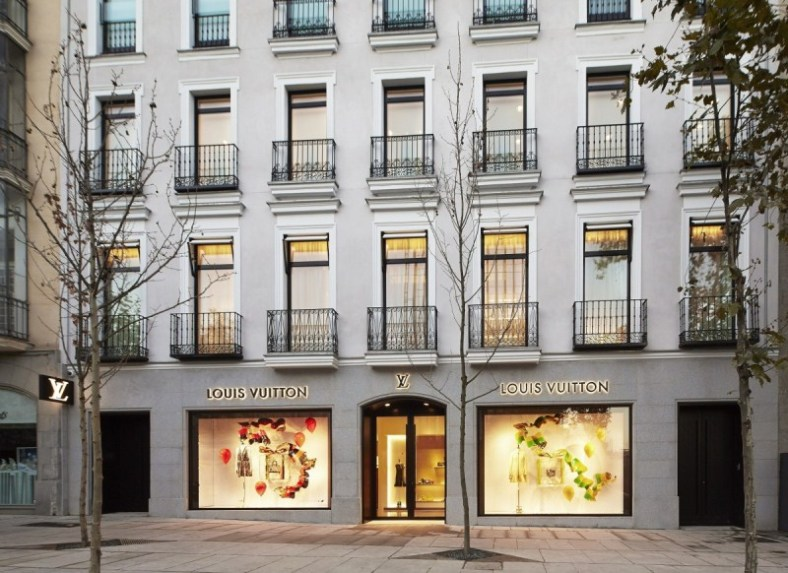 openning louis vuitton #yahueleanavidad tienda serrano 66