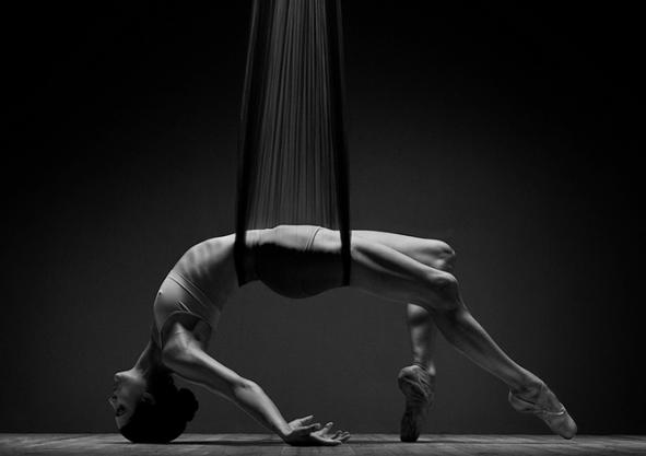 1 madrid en danza - dia internacional de la danza -fotógrafo alemán Michael Papiendick (él mismo exbailarín),.png