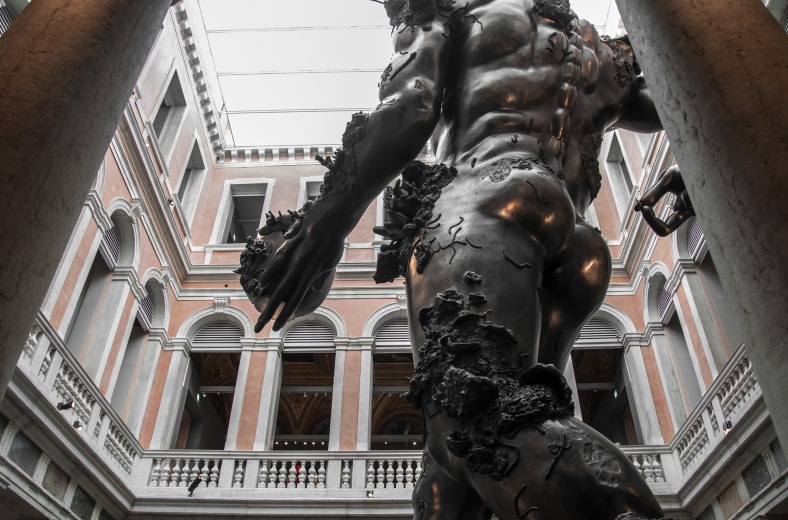 biennale di venezia - Damien Hirst, Treasures from the Wreck of the Unbelievable