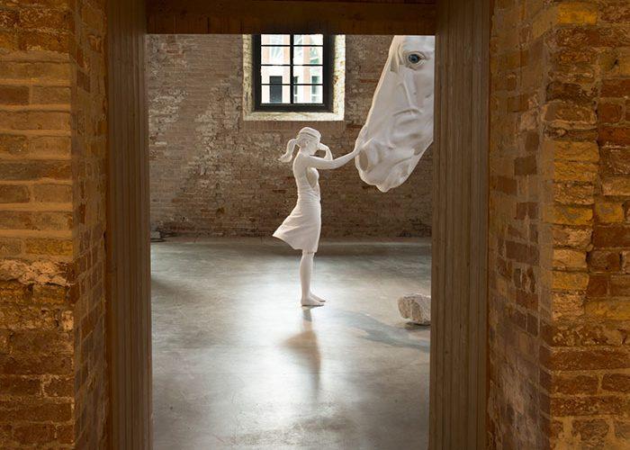 ClaudiaFontes-TheHorseProblem Biennale di venezia 2017.jpg