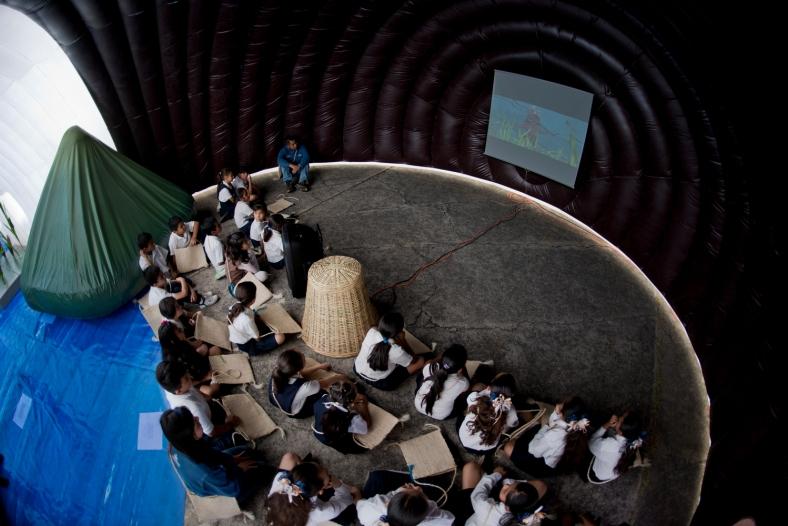 arquitectura-efímera-inflable-méxico-museo itinerante interior 2