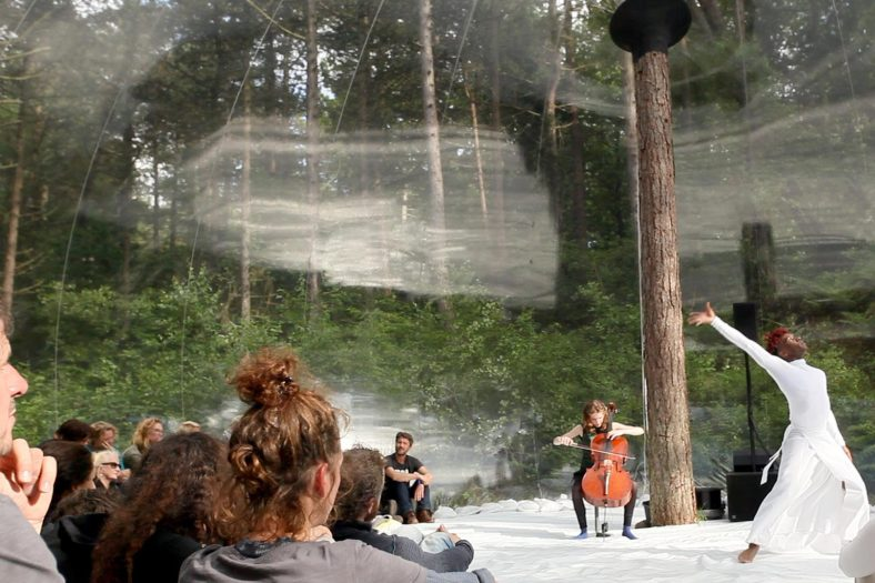 arquitectura-efímera-inflable-música en movimiento loud shadows interior 2